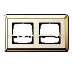 Gira ClassiX Латунь/Кремовый Рамка 2-ая (G212633)