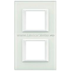 Legrand Bticino Axolute HA4802M2VBB Белое стекло Рамка 2+2 мод прямоугольная вертикальная
