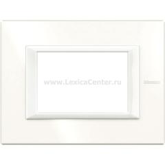 Legrand Bticino Axolute HA4803HD White Рамка 3 мод прямоугольная