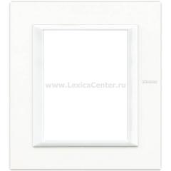 Legrand Bticino Axolute HA4826HD White Рамка 3+3 мод прямоугольная