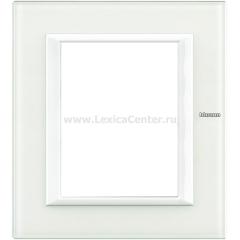Legrand Bticino Axolute HA4826VBB Белое стекло Рамка 3+3 мод прямоугольная