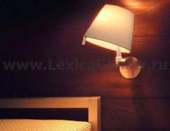 Настенный светильник бра Artemide 0721020A Melampo